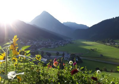 Fernblick-Schoppernau-Dorf-Sommer-04