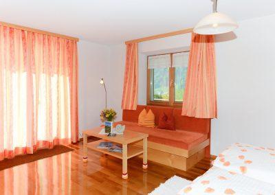 Fernblick-Schoppernau-Zimmer-10